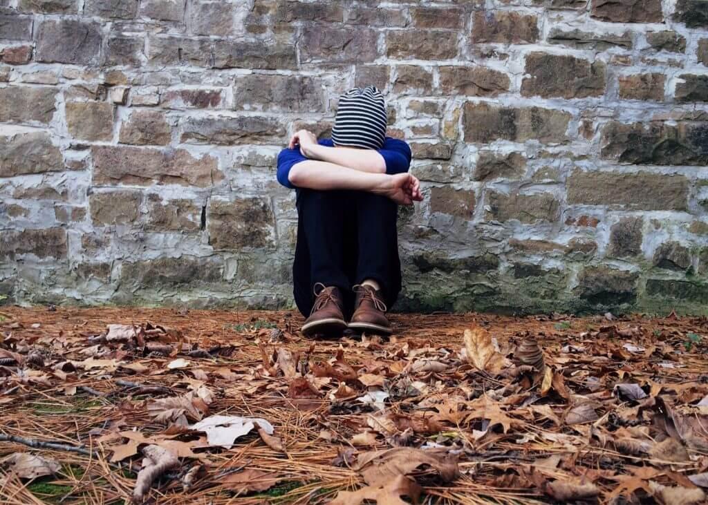 Depresja – czym jest, jakie są jej objawy i w jaki sposób wspierać osoby zmagające się z tą chorobą?